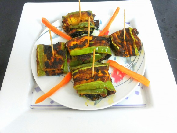 Baigan bhaja (Fried brinjal)