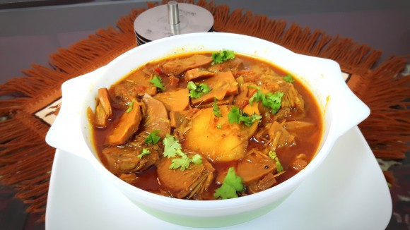 Kathal (Raw tender jackfruit) ki sabzi