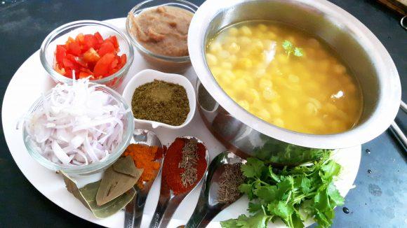 boiled Kabuli chana