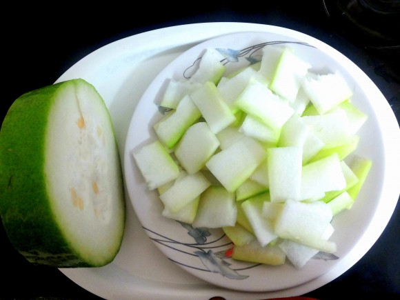 Ingredients of Ash gourd (winter melon) ki sabji