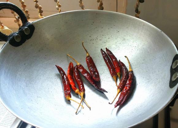 dry roast chili