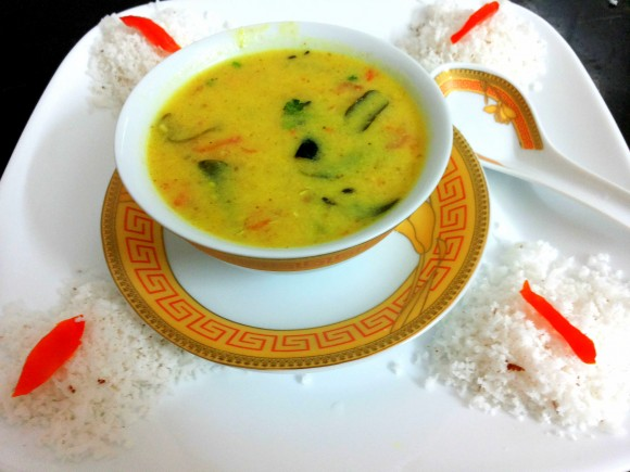 Moong dal with coconut milk (moong dal soup)
