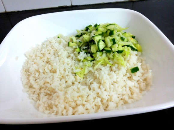 Wash poha with cucumber