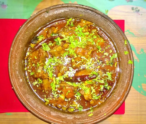 Deshi Chula, earthen pot mutton stew