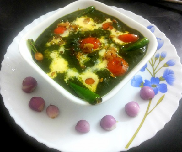 Poonnangani keerai (dwarf copper leaves) malai (fresh cream) saag