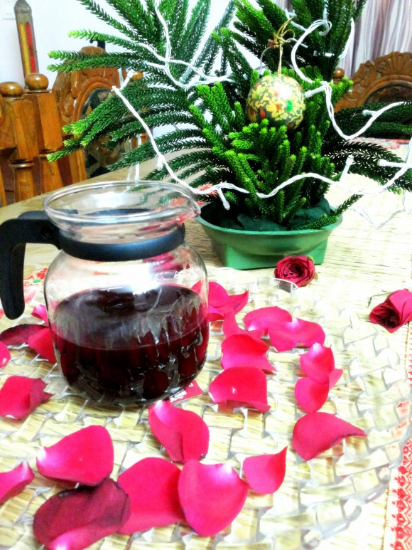Fresh rose petals syrup (sharwat/drink)