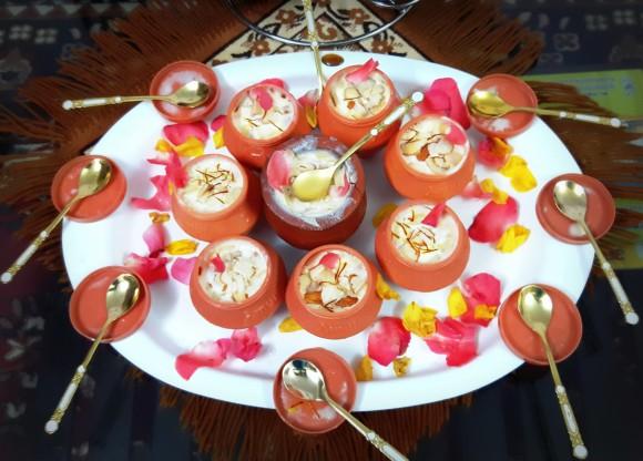 Kesar elaichi kulfi (saffron cardamom kufi)