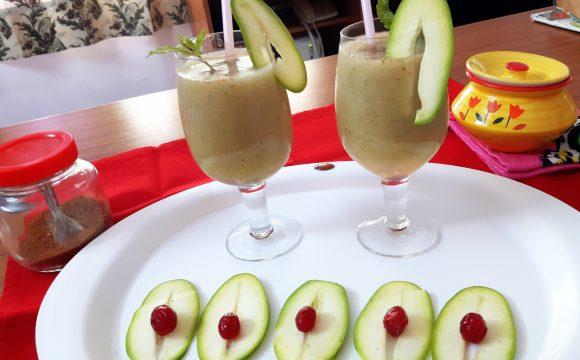 Aam ka panna (raw mango panna/green mango drink)