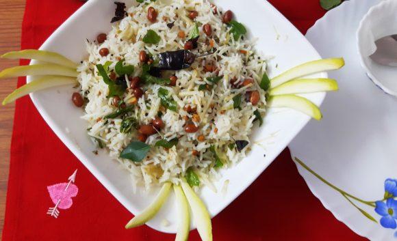 Raw mango rice (Mangai sadam /kachchi kairi chawal)