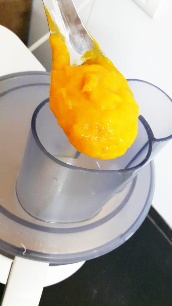 Add prepared pulp paste