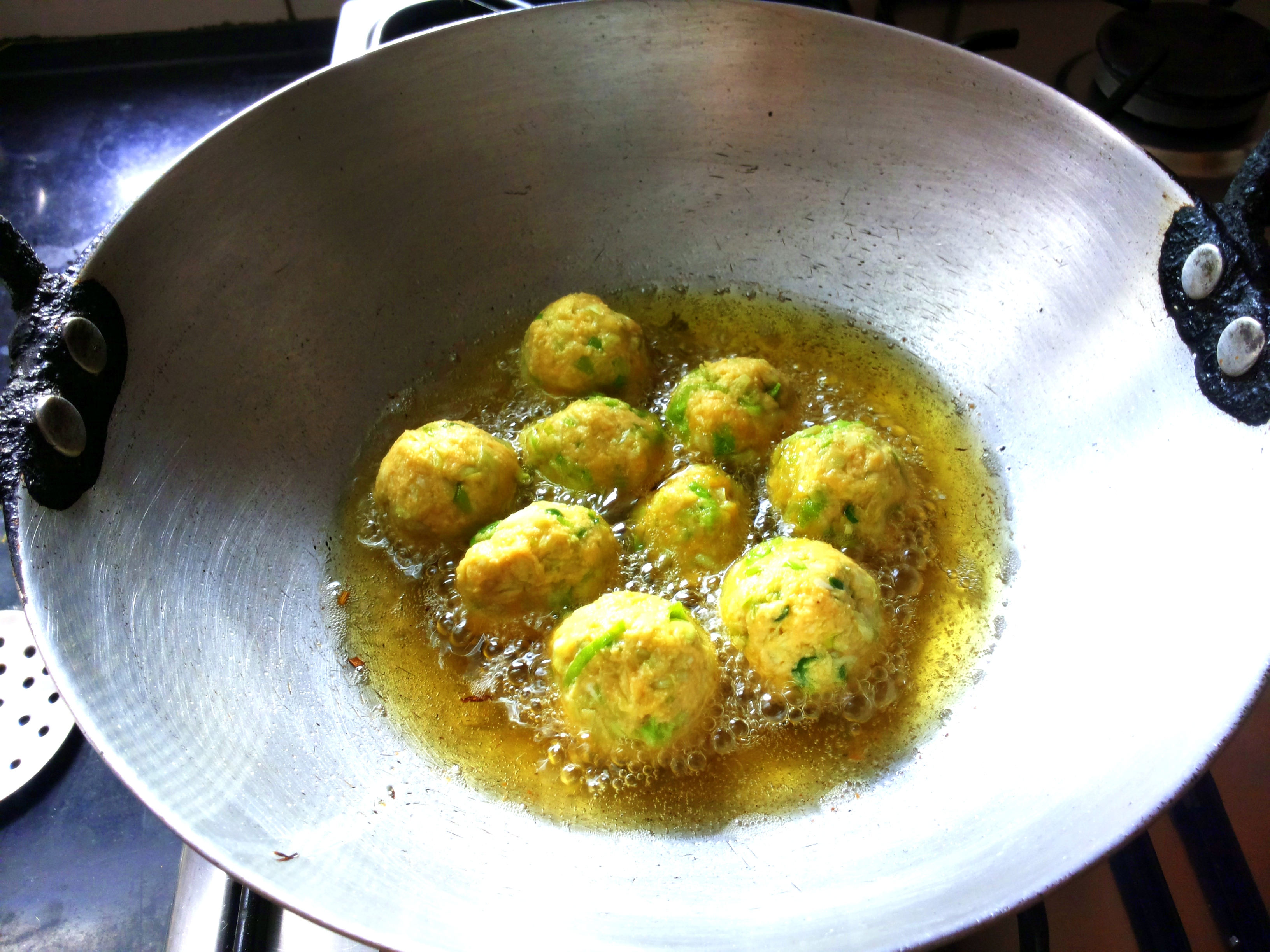 Deep fry the kofta