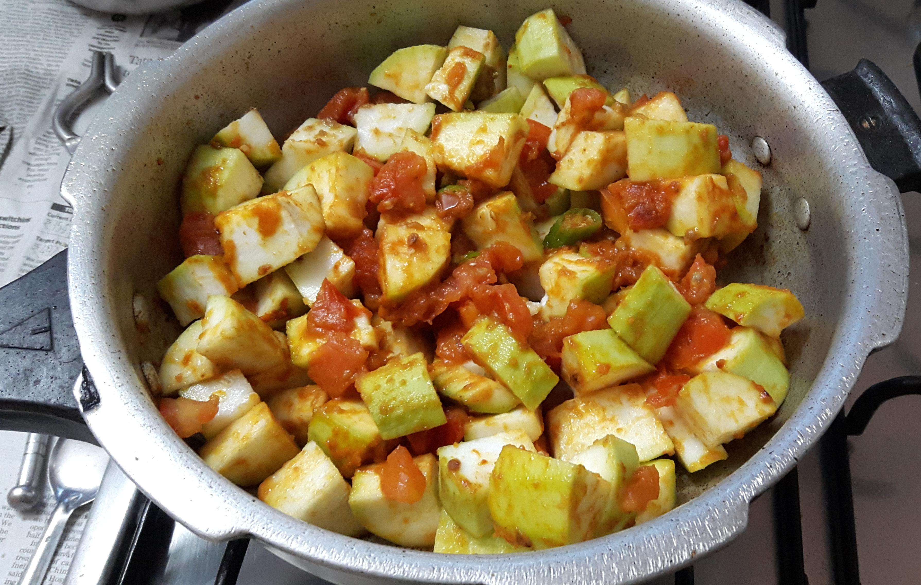 Add chopped lauki