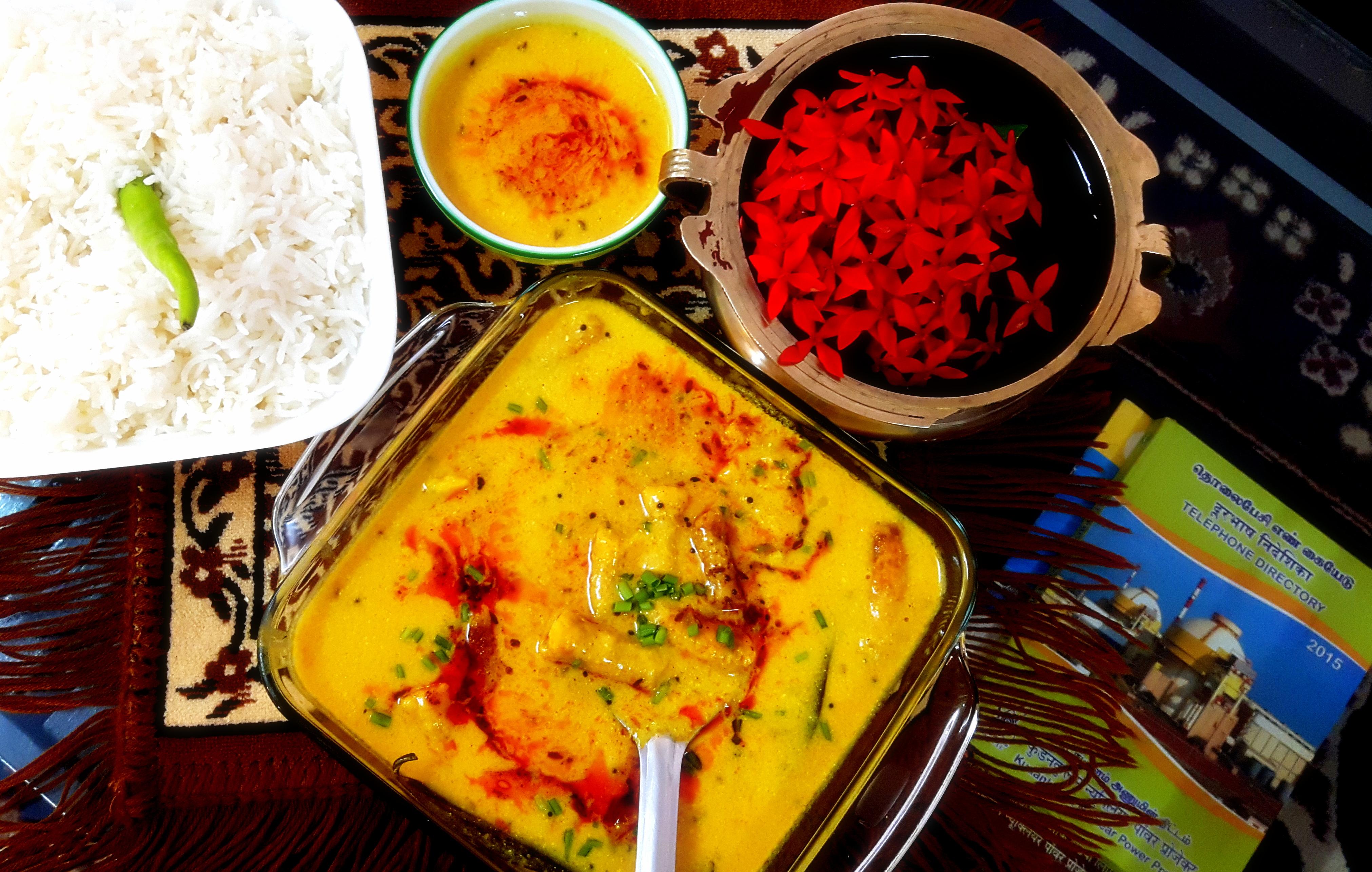 Gatte ki Karhi/kadhi (Rajasthani dish)