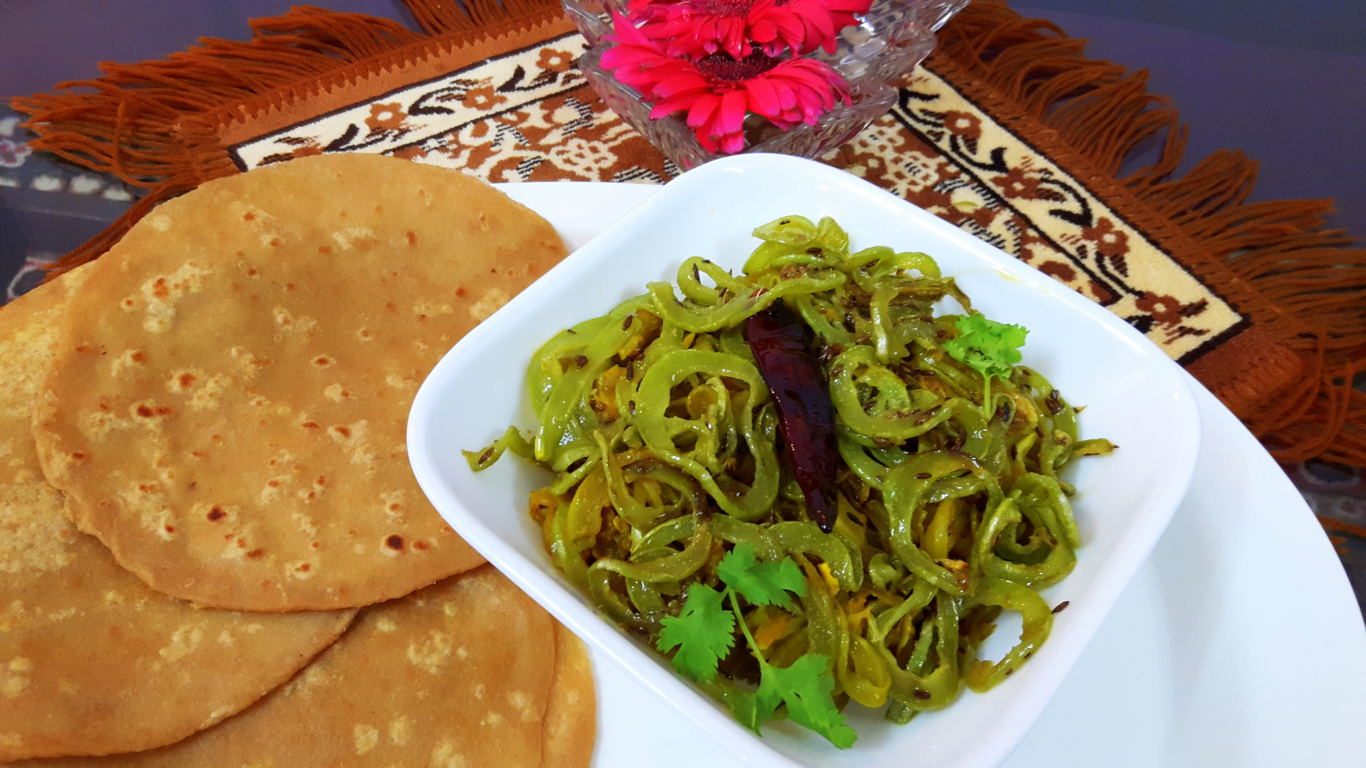 Snake gourd (Trichosanthes cucumerina) ki sabji (chichinda ki sabji)