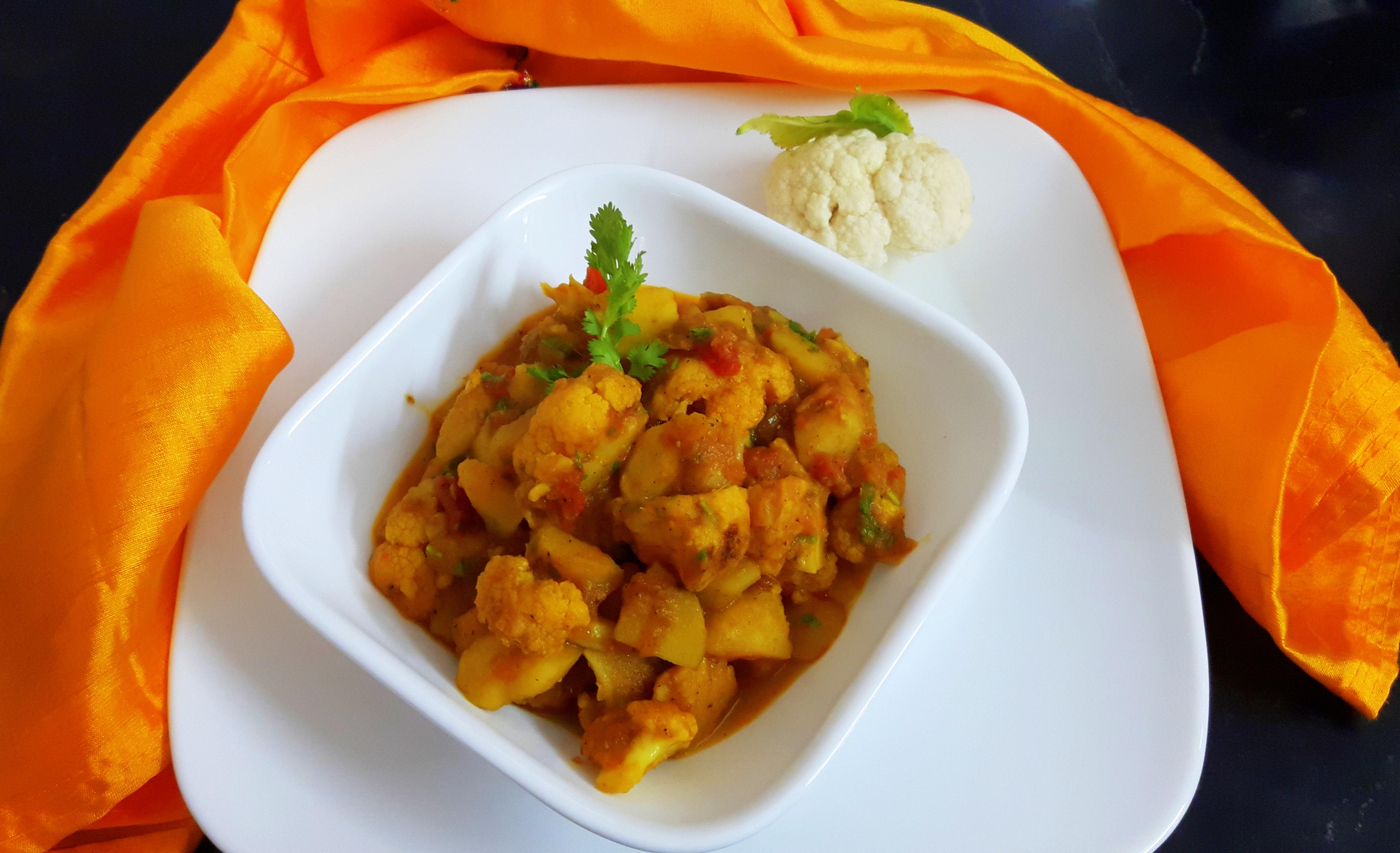 Aaloo Gobhi (potato and cauliflower) without onion and garlic
