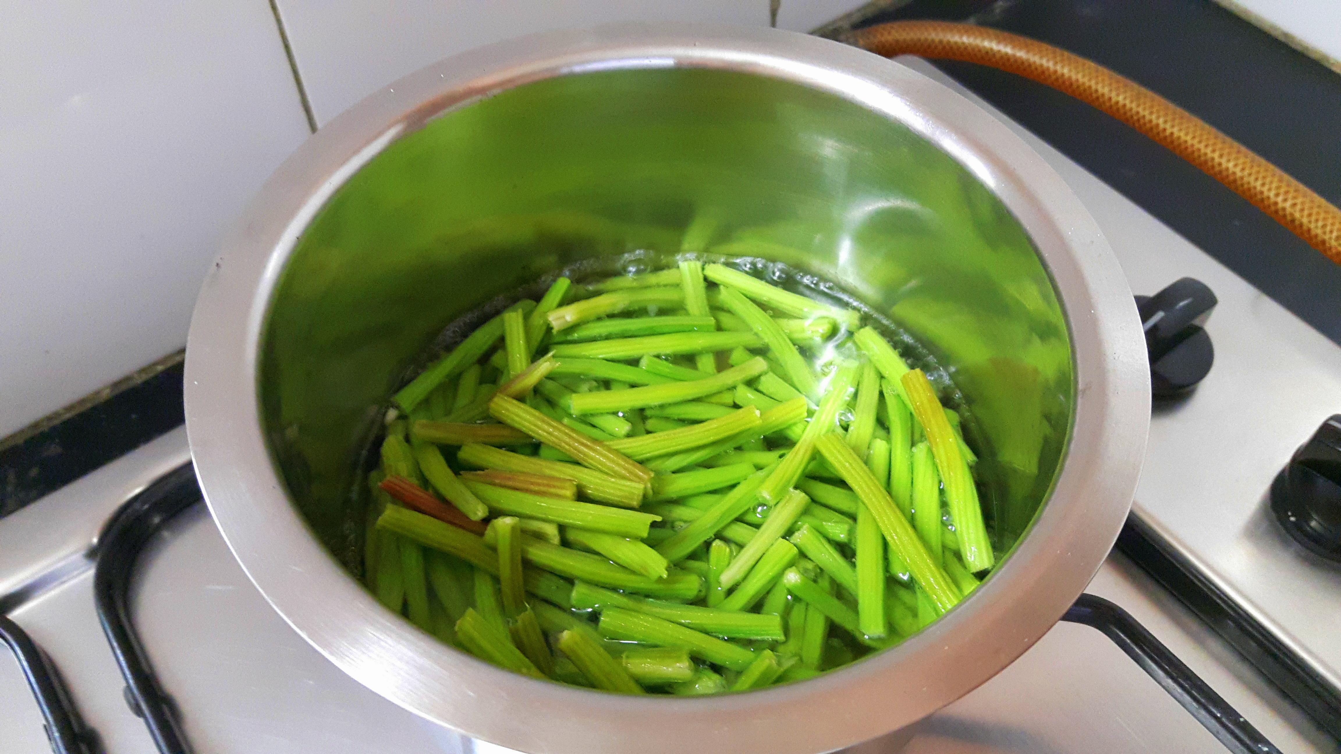boil tender drumstick
