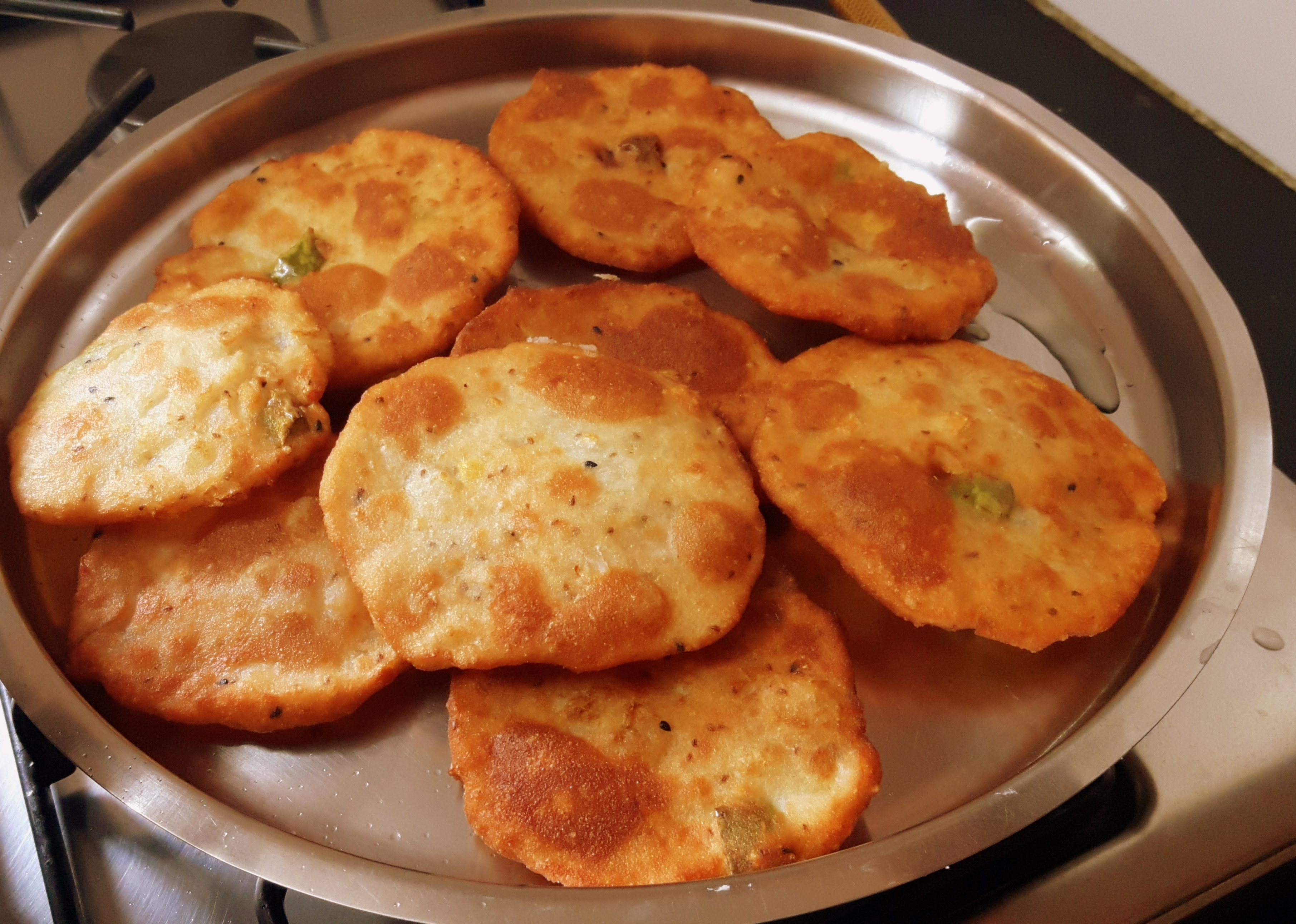 Murauri (radish poori)