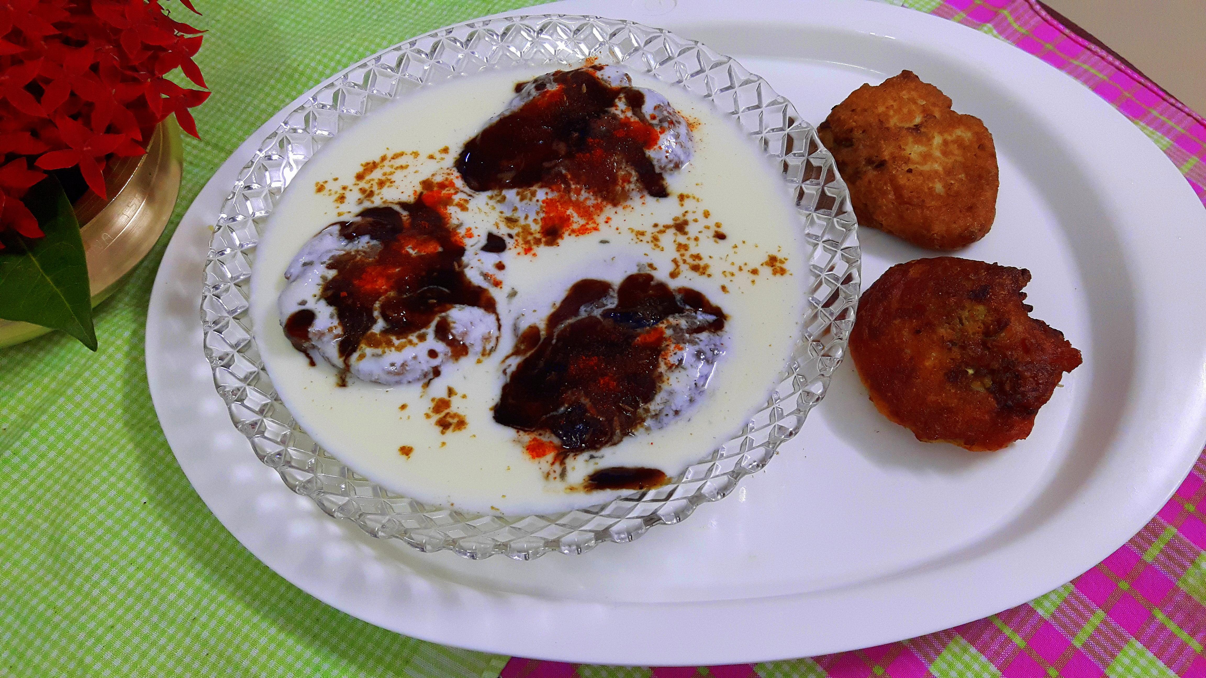 Lauki (bottle gourd) ke Dahi-vada/bhalla