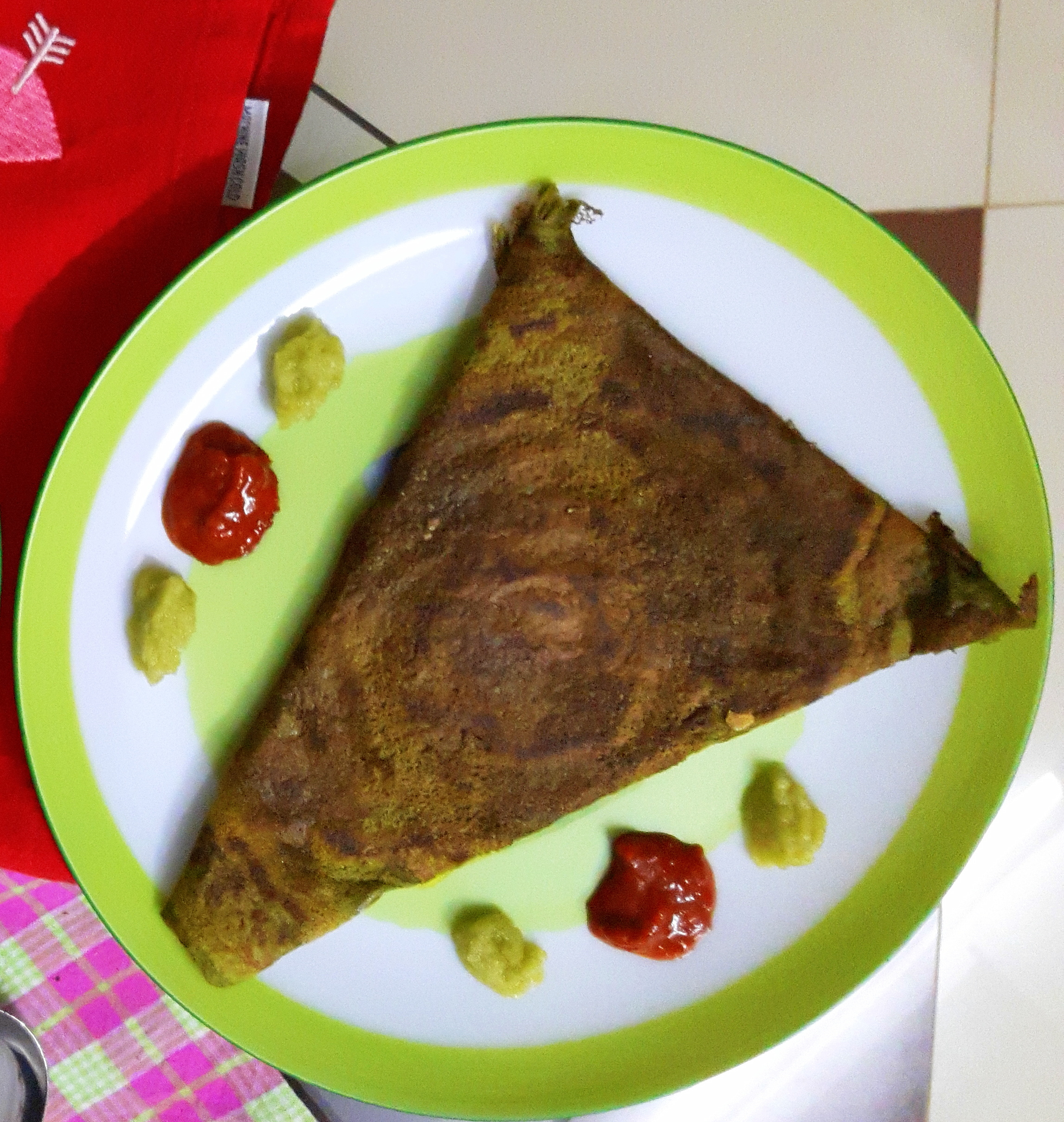 Cheese stuffed Besan palak cheela